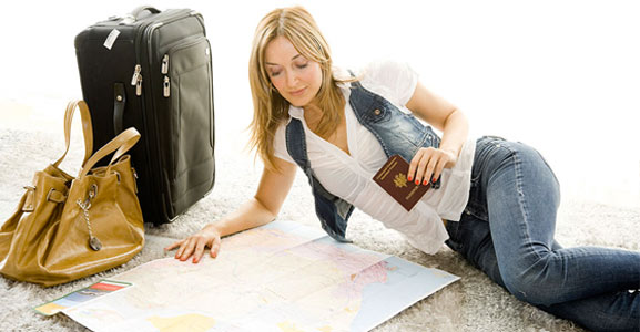 viajera frecuente planeando su próximo viaje